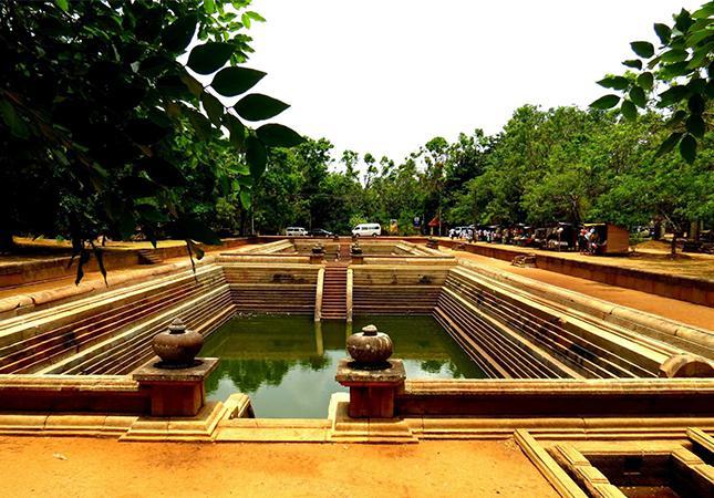 anuradhapura002
